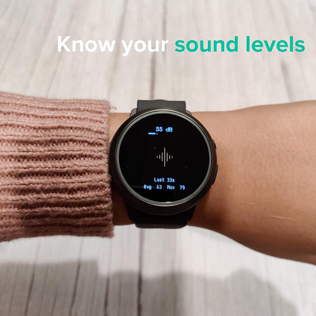 Showing the variable sound levels you can do with The Soundbrenner Core 4-in-1 Wearable Music Tool